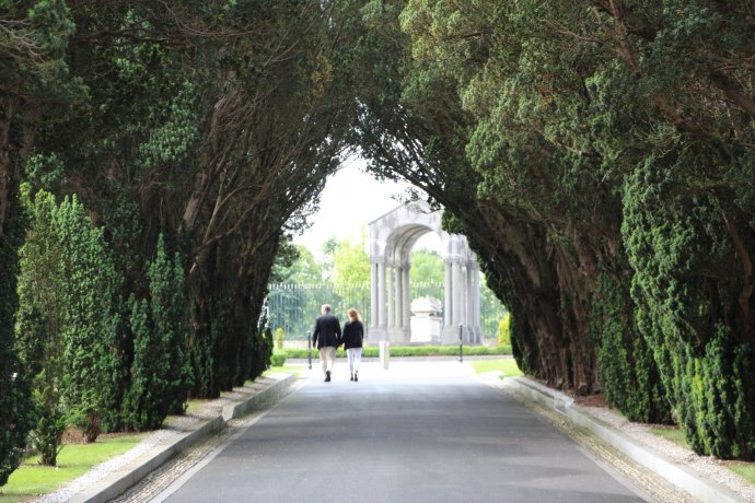 Glasnevin Cemetery also offers beautiful gardens and greenery