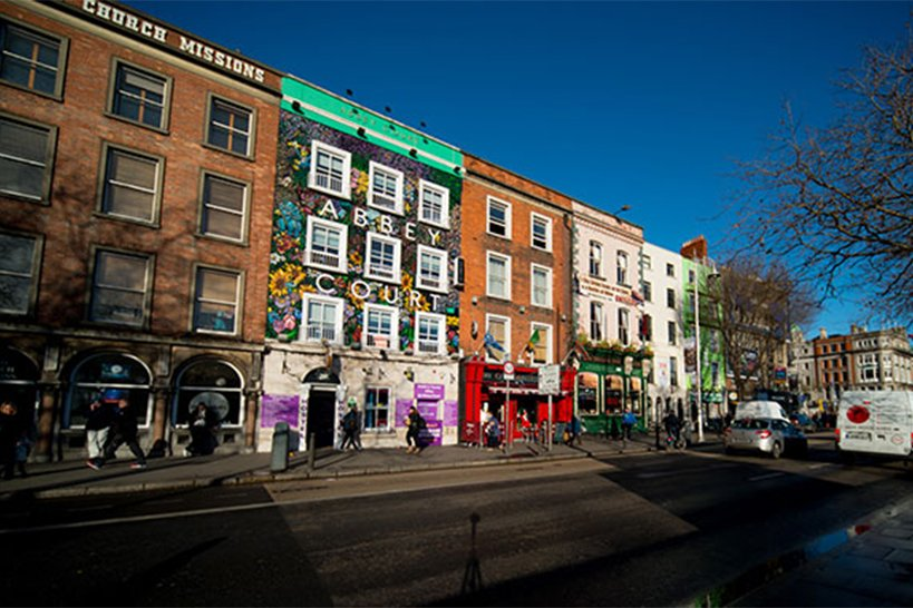 Abbey Court Hostel in Dublin City Centre Exterior