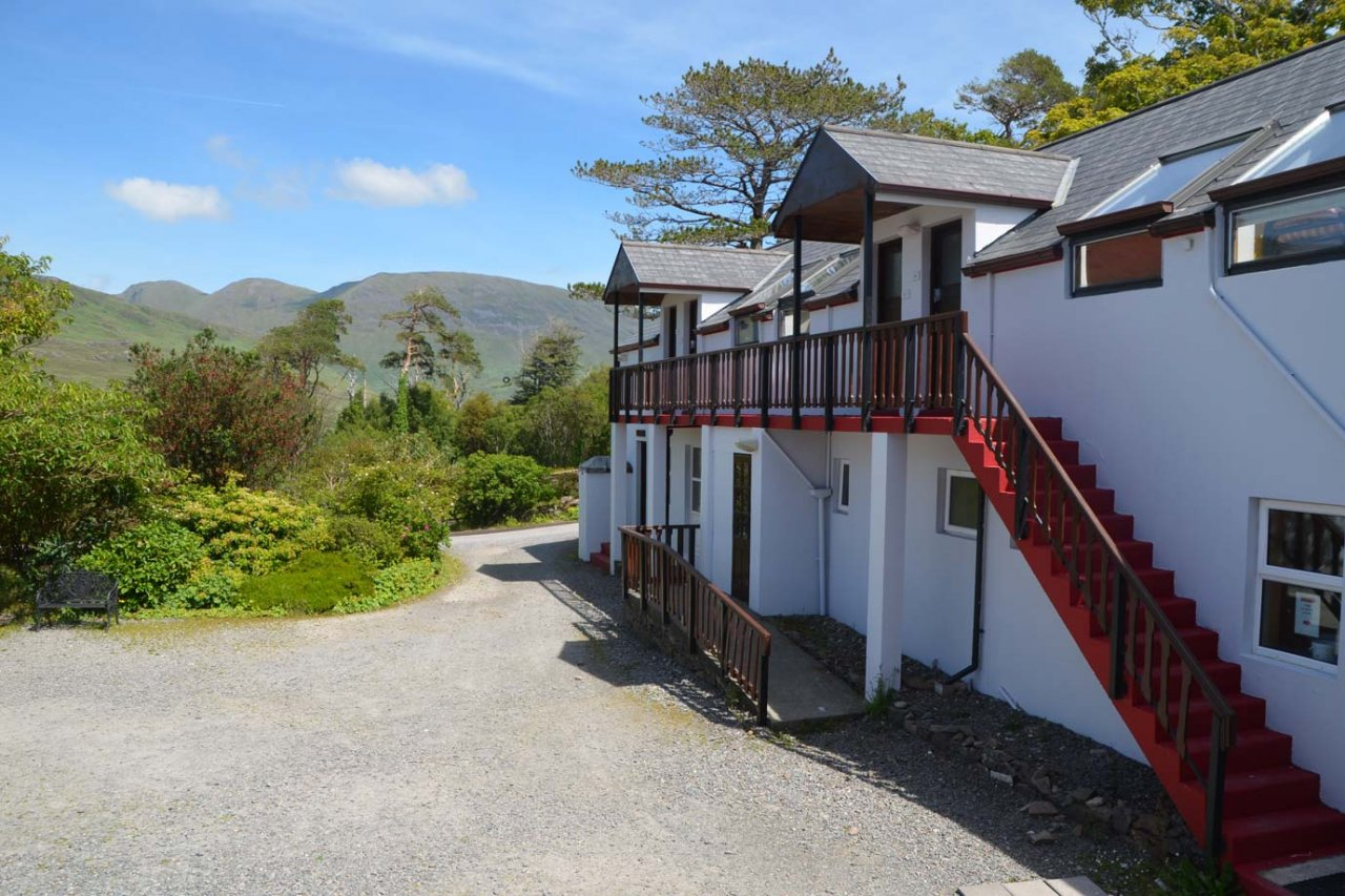 The Connemara Hostel Sleepzone outside front view