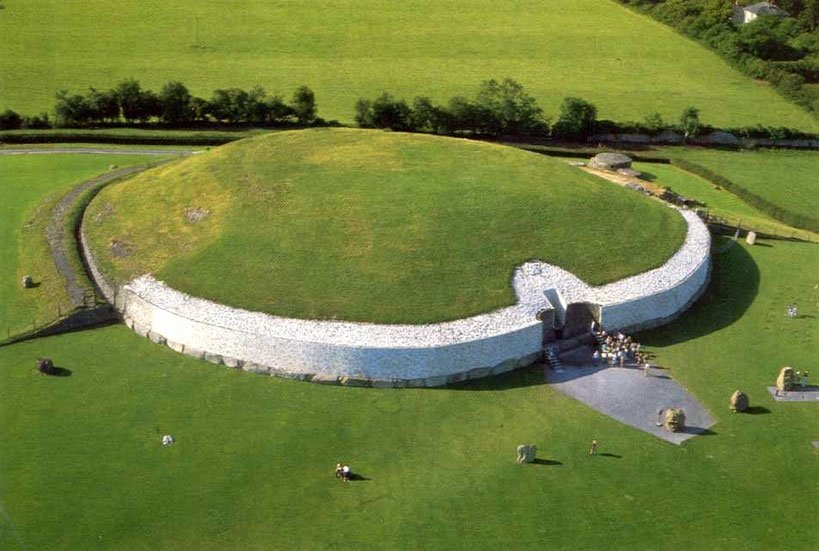 Day Tour to Newgrange, the Ancient Passage Tomb