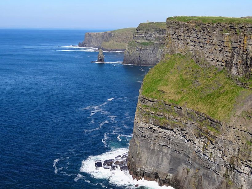 Landscape of the Cliffs of Moher - Day Tour