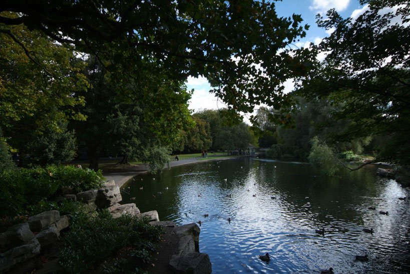 St. Stephen's Green Park in Central Dublin