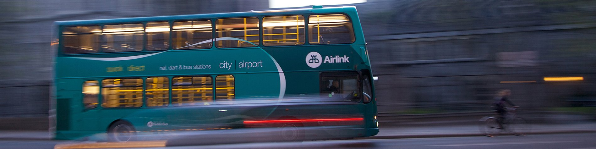 Airlink bus from the airport to Dublin city center