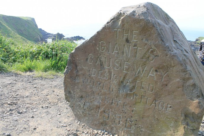 Memorial Stone - Way Towards The Giant's Causeway