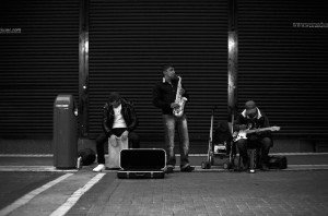 Buskers at night