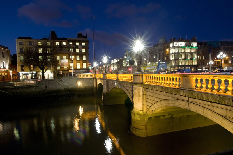 O'Connell Bridge at Night